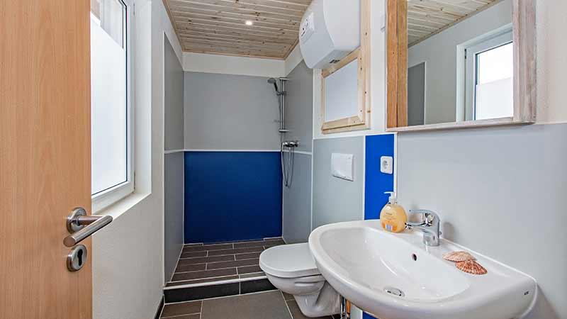 Ferienwohnung Achterwasser Badezimmer Hinter der Düne Ückeritz Usedom Dusche
