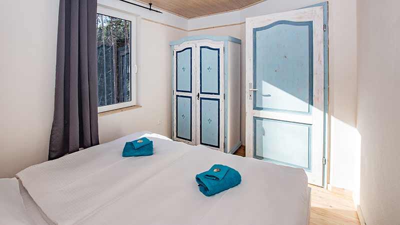 Ferienwohnung Krebssee Schlafzimmer Hinter der Düne Ückeritz Usedom Doppelbett