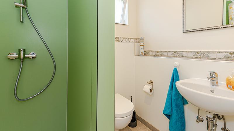 Ferienwohnung Wockninsee Badezimmer Hinter der Düne Ückeritz Usedom Dusche